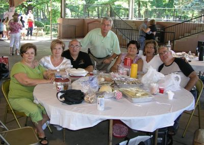 Family_Picnic_I.344111709_large